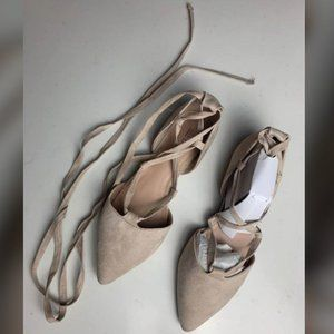 BNWOT Call It Spring Suede Flats Size 8 Color Bone